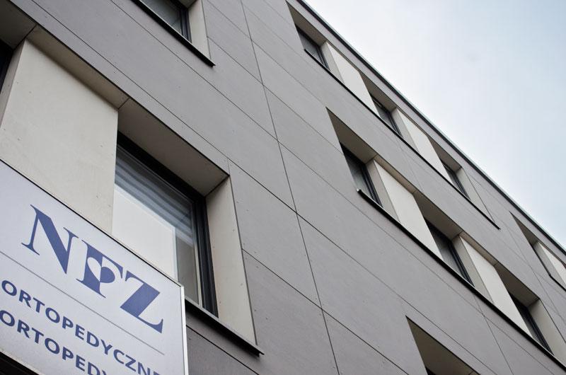 e3f5d2528b6b0 Narodowy Fundusz Zdrowia przenosi swój oddział na ulicę Wrocławską. Nowy  lokal będzie dostosowany do osób starszych i niepełnosprawnych.
